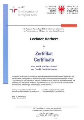 Zertifikat_familieundberuf_Lechner